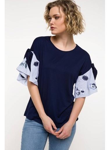 DeFacto Kolları Volan Detaylı Bluz Lacivert